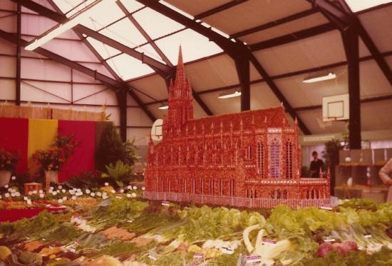"""La basilique  en haricots à"""" l'expo des jardins"""" à la Halle des Sports"""